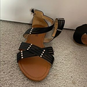 Black pearly strapped sandals